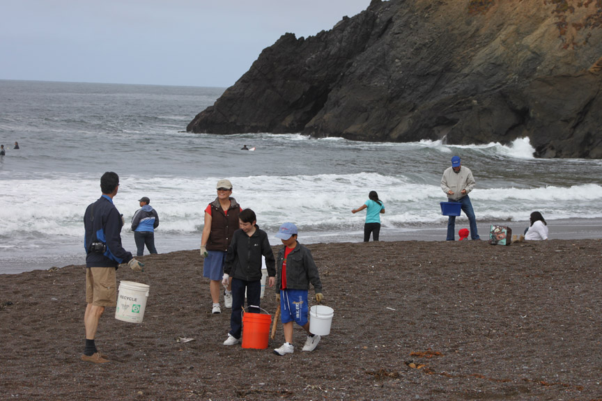 coastal cleanup day rodeo beach